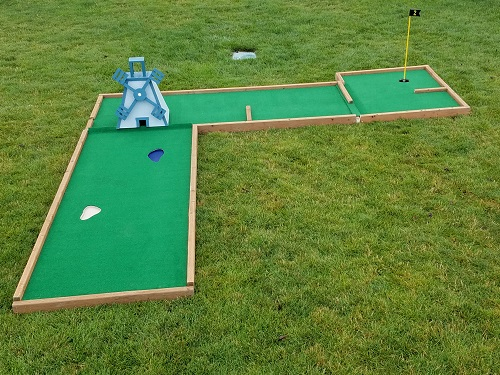 Kit's Mini Golf Set | American Girl Wiki | FANDOM powered ... |Miniature Golf Set