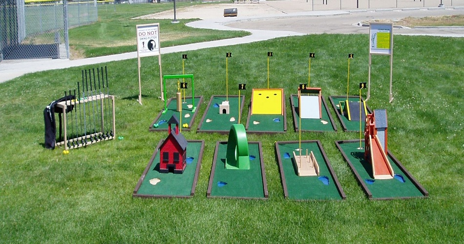 Mini Golf Course Set