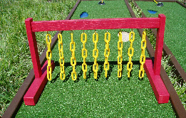 Mini Golf Chain Obstacle